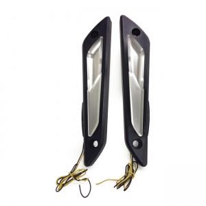Frecce anteriori KODLIN modello ATOMIK BAGGER omologate colore nero contrasto